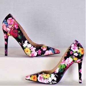 Colorful flowery pumps size 7M very high heels